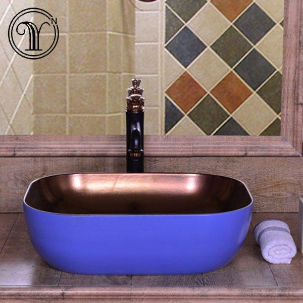 Blue color of metal glazed ceramic wash sinks of sanitary ware in Saudi