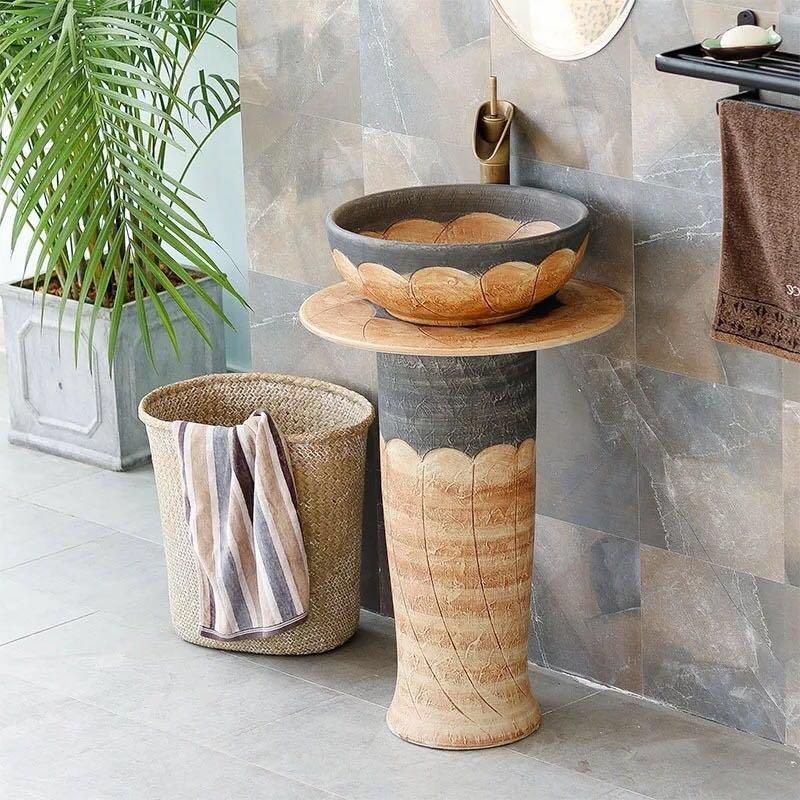 Bathroom products of wash basins and pedestal sinks in Asia