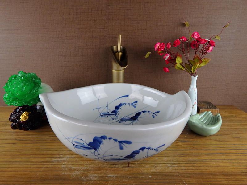 Bathroom & Hotel & Restaurant & open-air lounge bar & garden basins